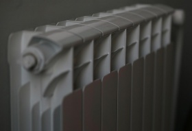 «Отопительный провал»: красноярцы жалуются на холод в квартирах и ржавую воду в кранах